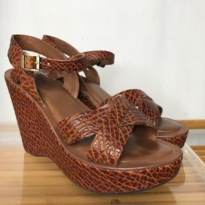Kirk-Ease Leather Wedge Sandals Tumbled Leather